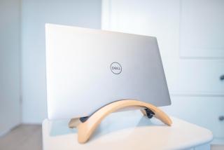 戴尔笔记本电脑图片